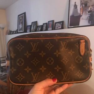Louis vuitton clutch sling before